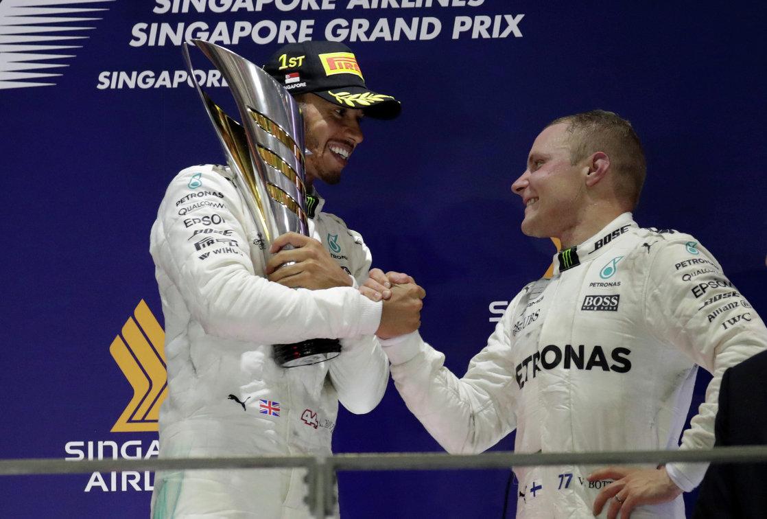 Хэмилтон— лучший во 2-ой тренировке Гран-при Австралии, Сироткин— 18-й