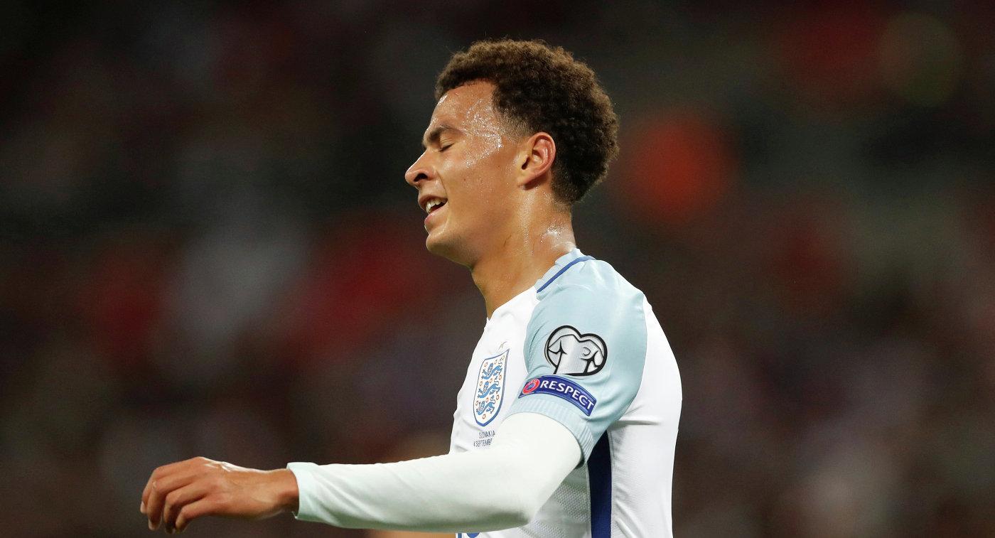 Футболиста сборной Британии дисквалифицировали наодин матч занеприличный жест