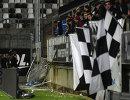 Болельщики Лилля упали с трибуны во время матча чемпионата Франции по футболу с Амьеном из-за сломанного барьера