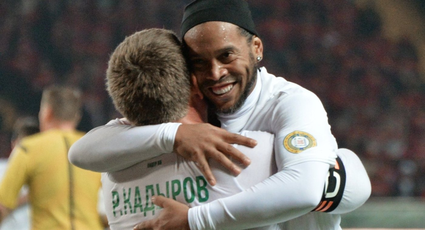 Родственники Роналдиньо говорили о  завершении карьеры футболиста