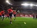 Футболисты сборной Ирана на тренировке