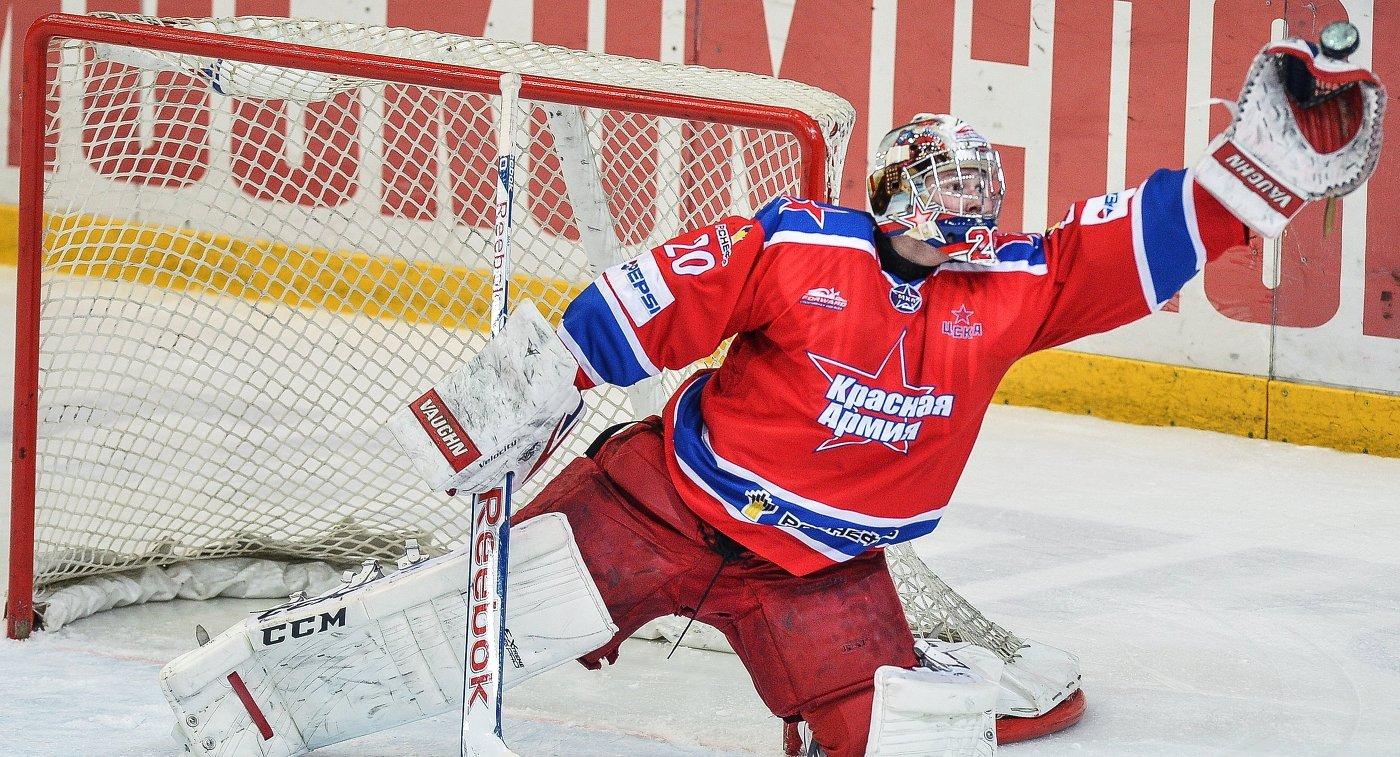 Вратарь МХК Красная Армия Максим Третьяк