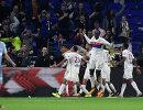 Футболисты французского Лиона