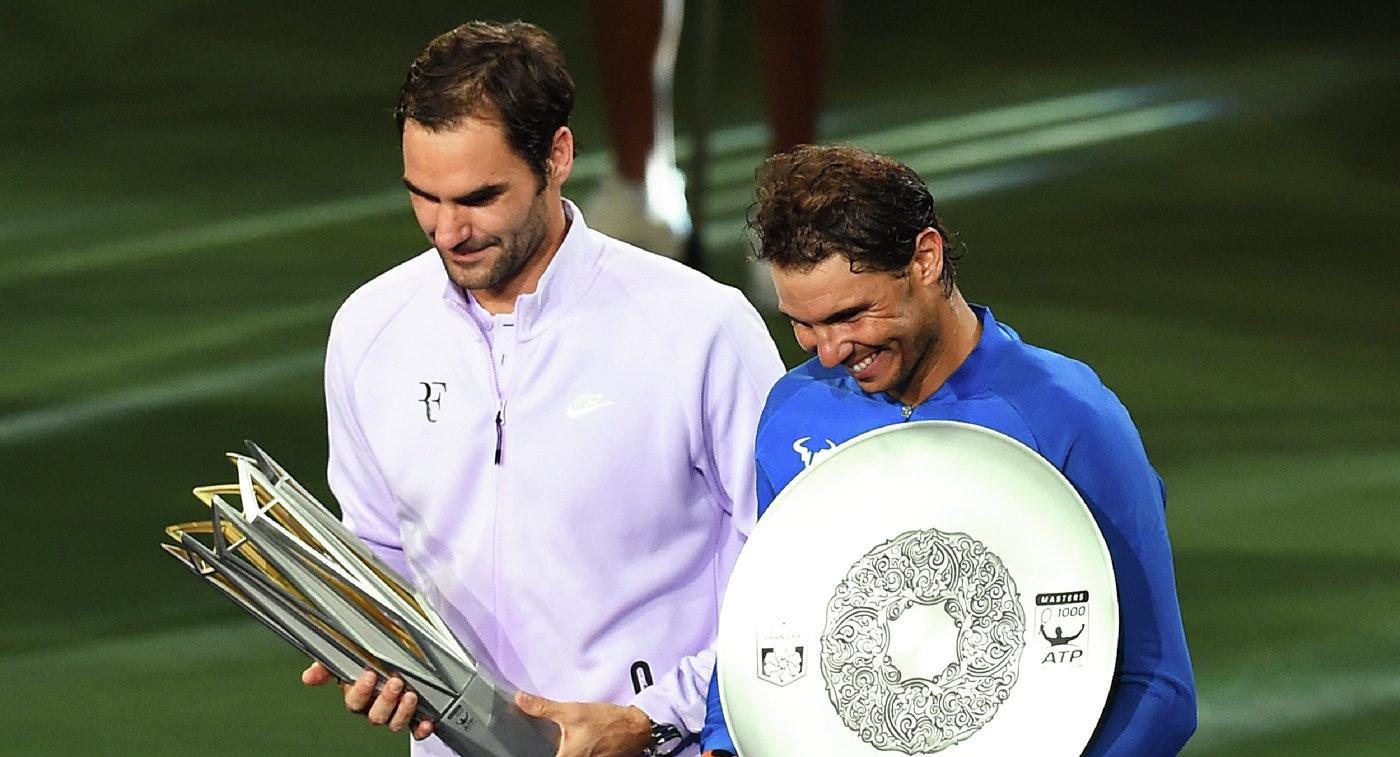 Рафаэль Надаль (справа) и Роджер Федерер