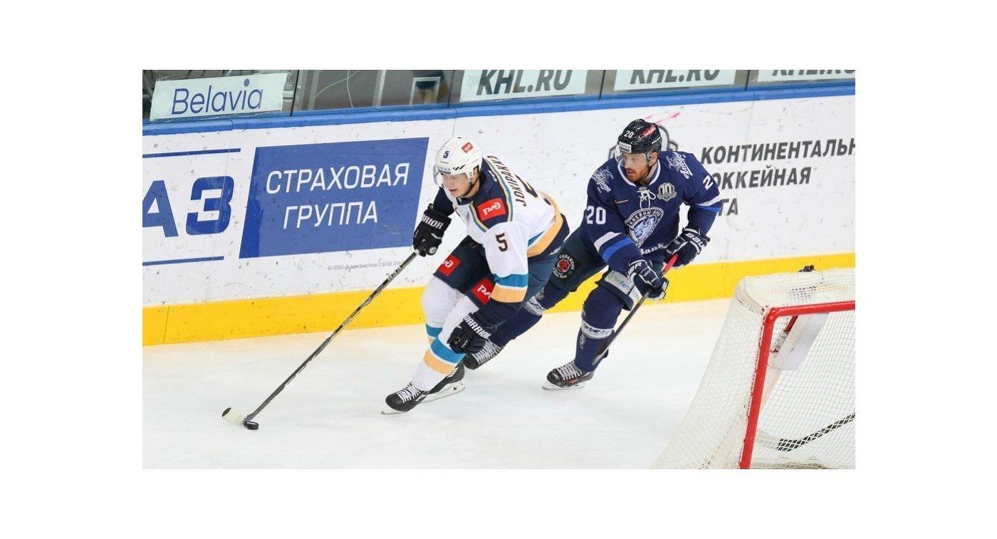 Игровой момент матча Сочи - Динамо (Минск)