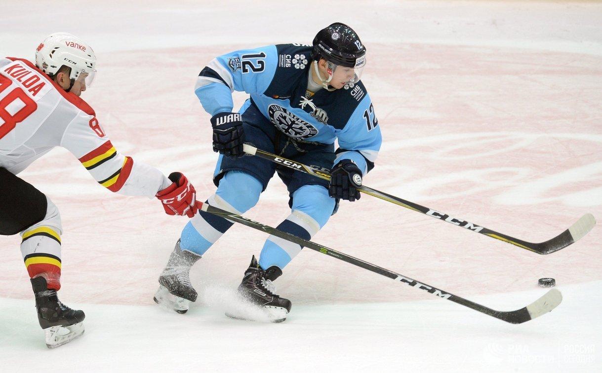 «Куньлунь» победил «Сибирь» вматче КХЛ, прервав серию изчетырех поражений