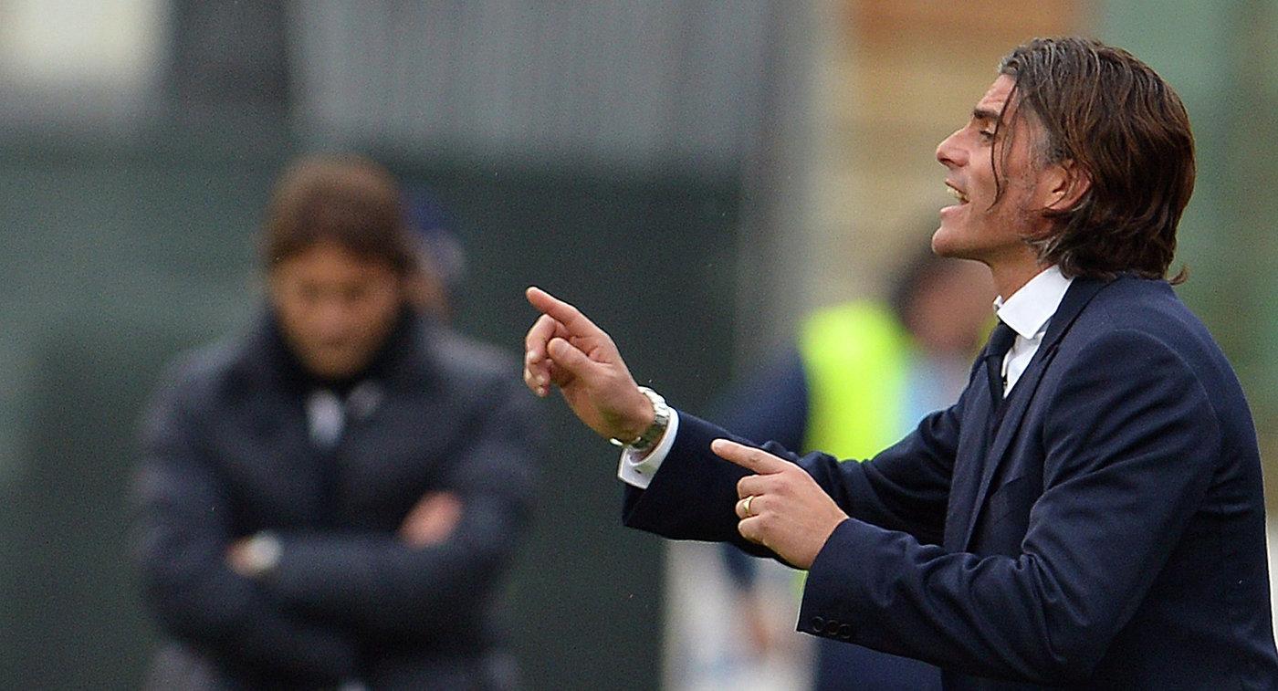 Кальяри объявил опрекращении сотрудничества с основным тренером Растелли