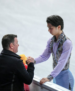 Брайан Орсер (слева) и Юдзуру Ханю