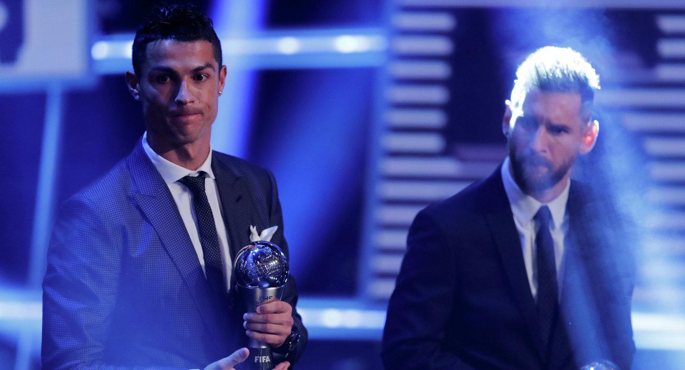 Роналду обогнал Месси вголосовании ФИФА неменее чем вдвое