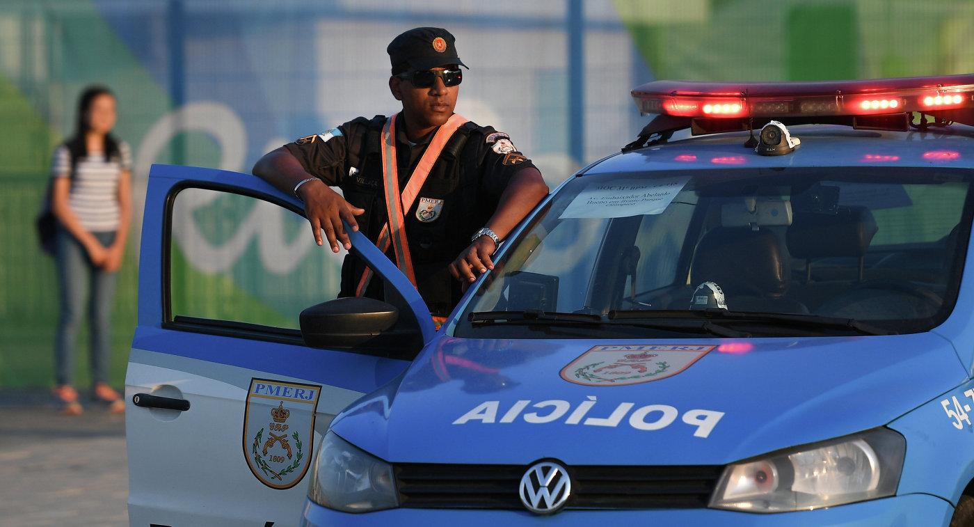 Увратаря сборной Бразилии угнали машину, угрожая пистолетом