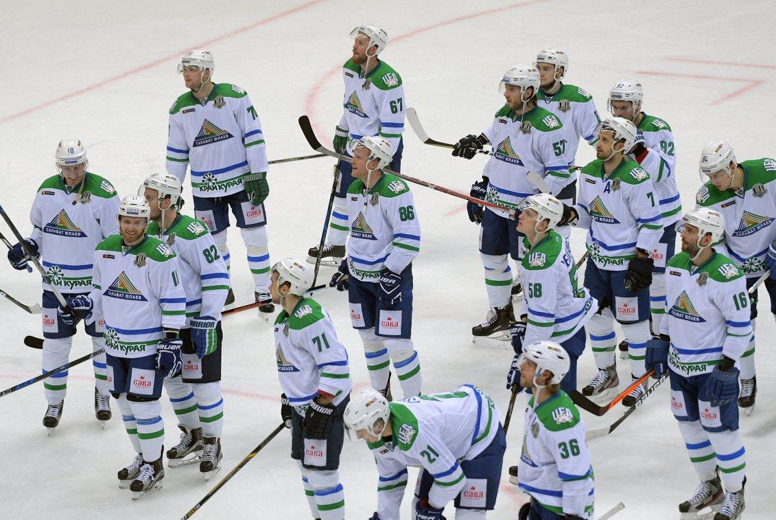 «Салават Юлаев» победил «Авангард» впервом матче серии плей-офф