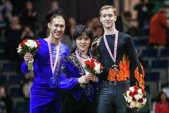 Сёма Уно (в центре), Джейсон Браун (слева) и Александр Самарин