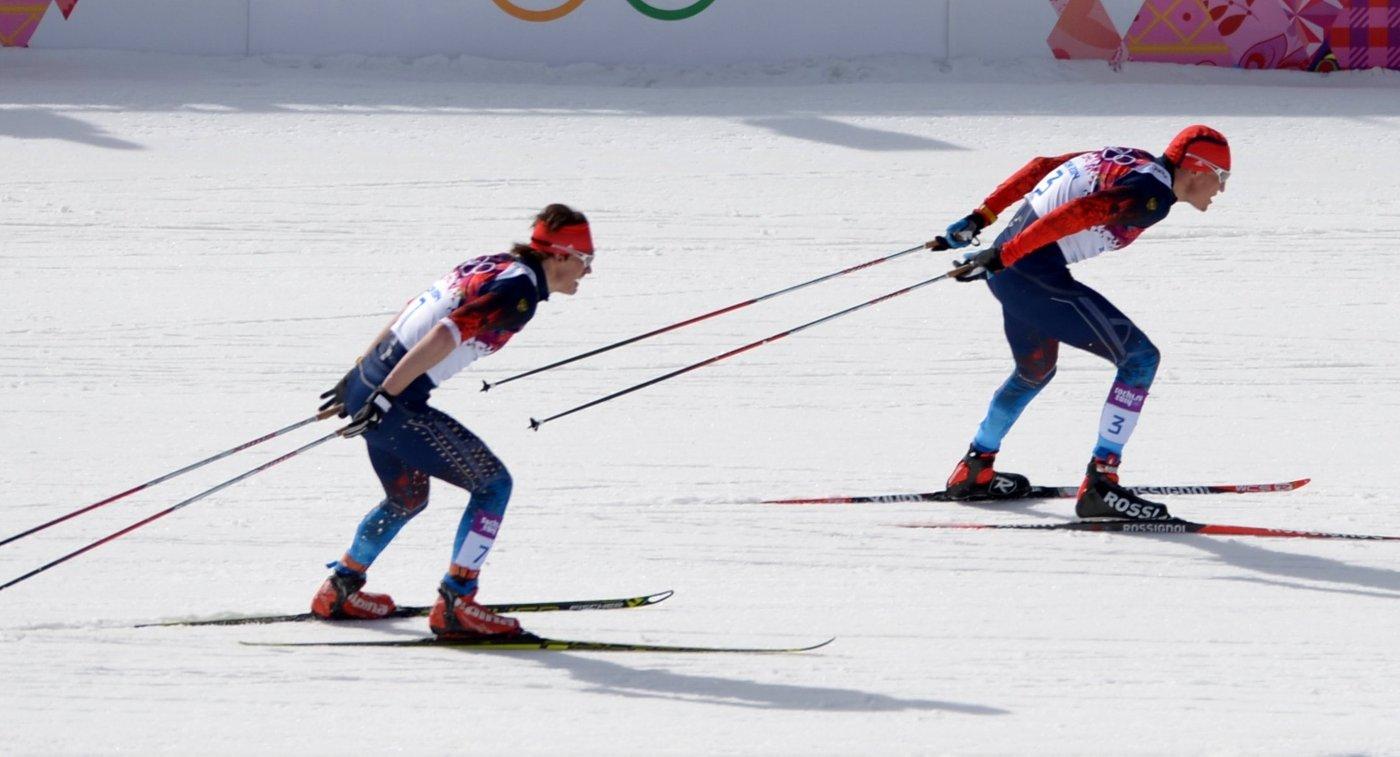 Слева направо: Максим Вылегжанин (Россия), Александр Легков (Россия)