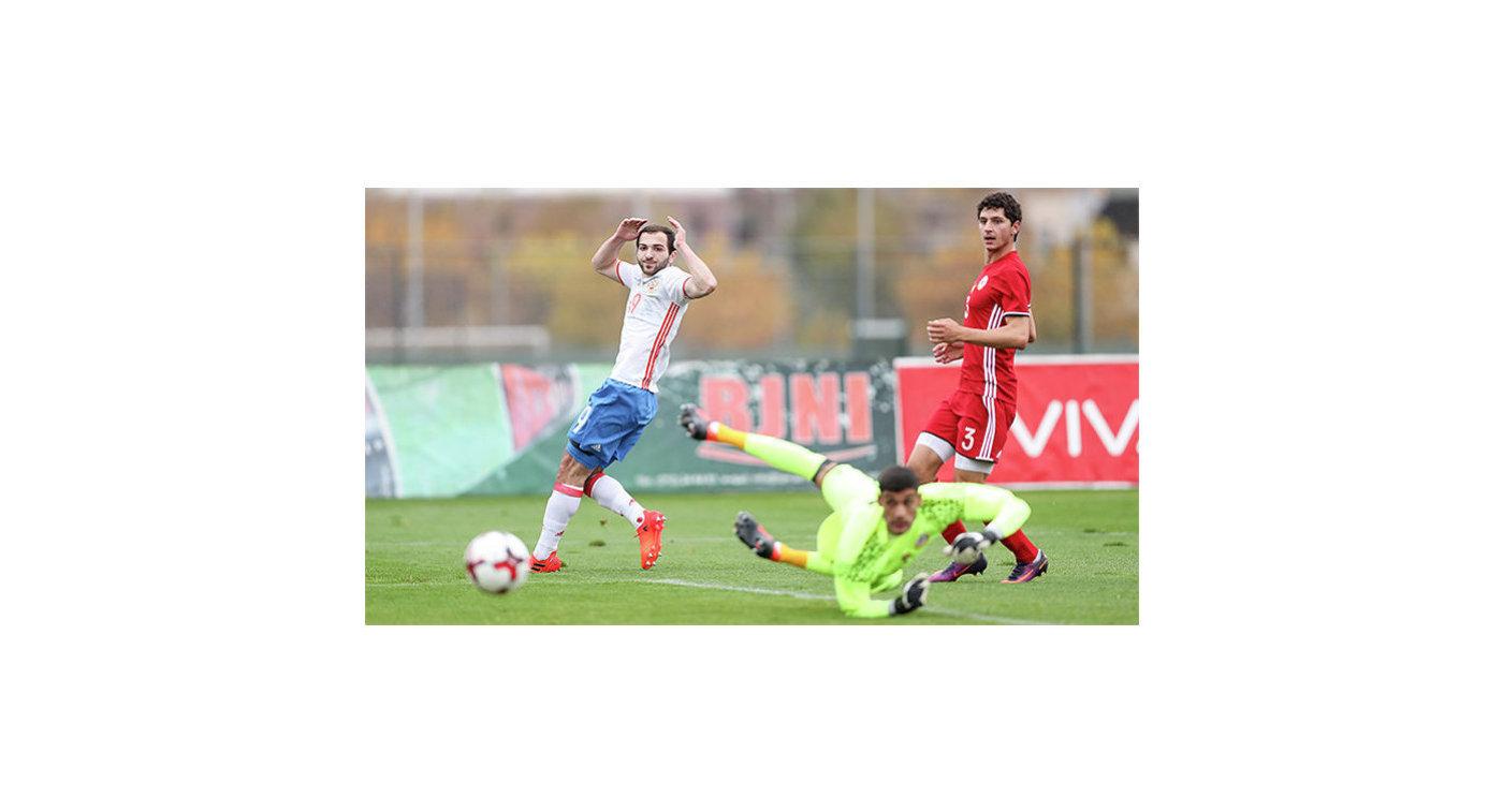 Футболисты молодежной сборной РФ победили команду Армении вматче отбораЧЕ