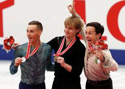 Сергей Воронов (в центре), Адам Риппон (слева) и Алексей Быченко