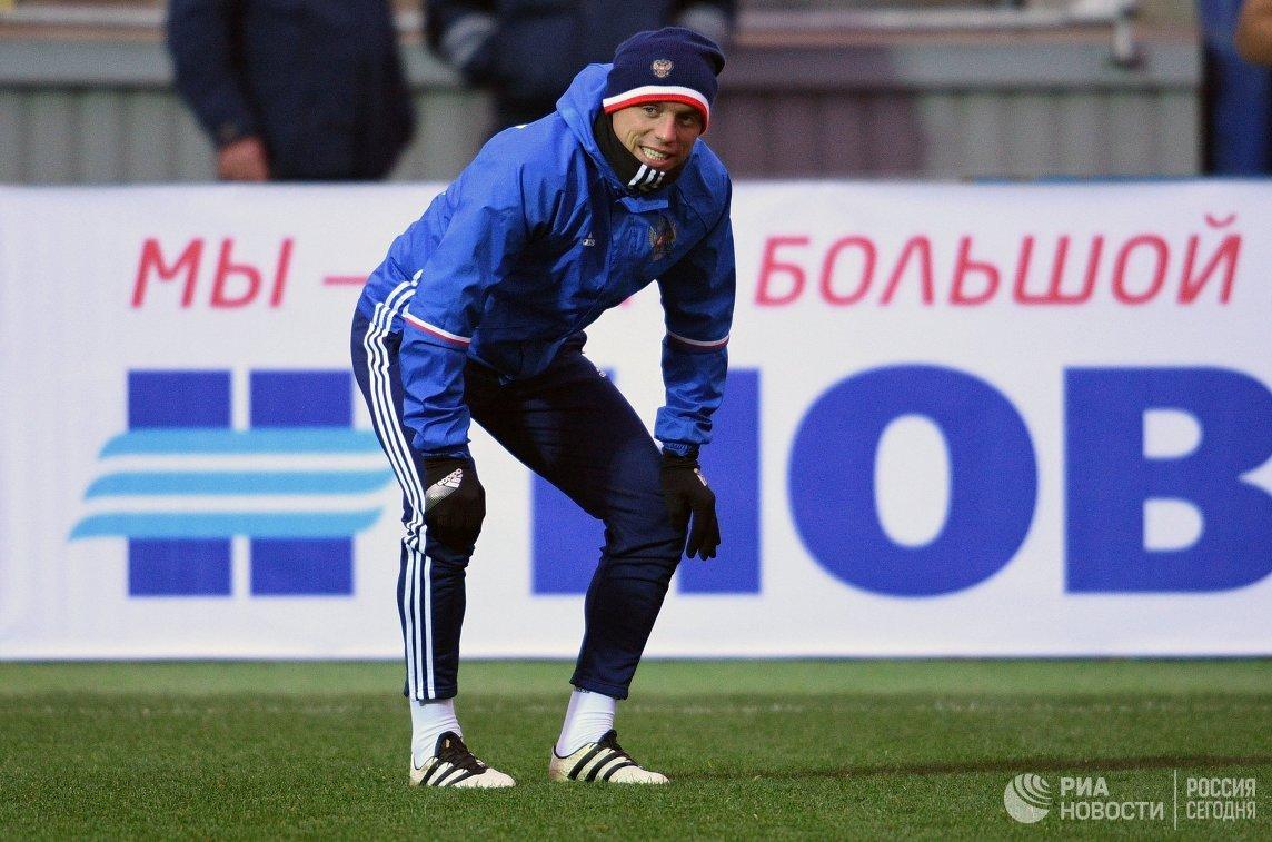 Хавбек сборной России по футболу Денис Глушаков