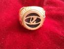 Памятный золотой перстень, выпущенный в честь победы тольяттинской Лады в чемпионате России по хоккею сезона-1993/94