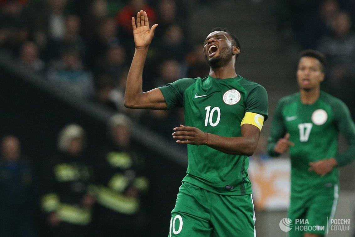 Хавбек сборной Нигерии Джон Оби Микел.