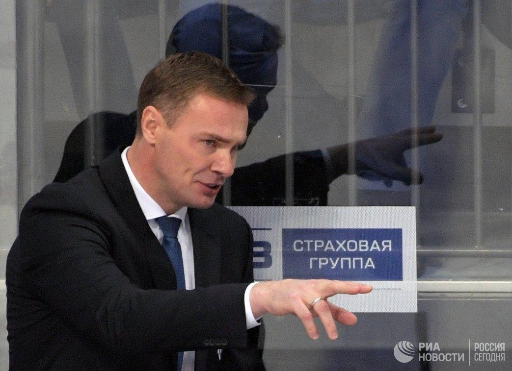 Исполняющий обязанности главного тренера Металлурга Виктор Козлов