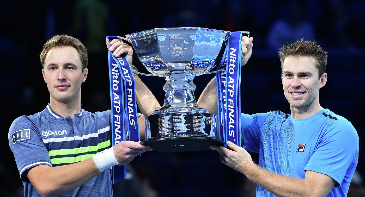 Теннисисты Континен иПирс победили наитоговом турнире ATP впарном разряде