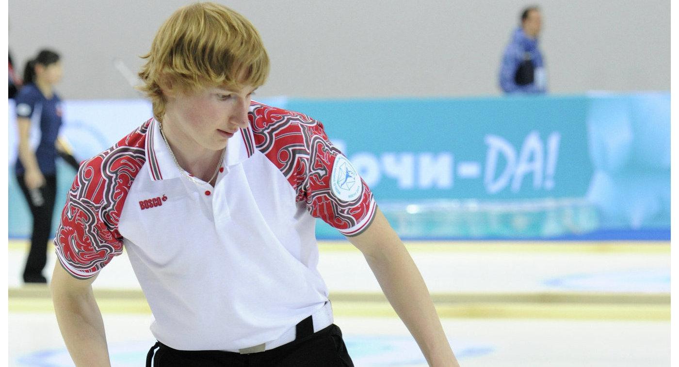 Керлингисты сборной России проиграли швейцарцам в матче кругового этапа ЧЕ