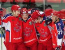 Хоккеисты ЦСКА Максим Шалунов, Кирилл Капризов, Сергей Шумаков, Мэт Робинсон (слева направо)