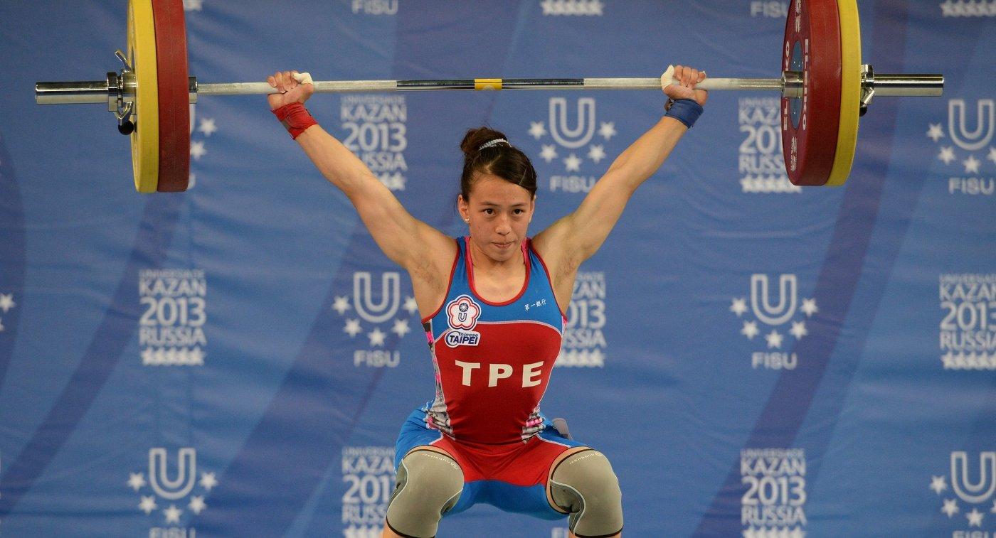 Исторический триумф: Ребека Коха завоевала первую медаль наЧМ потяжелой атлетике