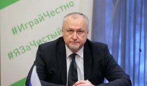 Юрий Ганус