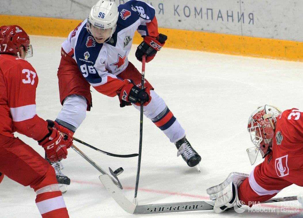 Форвард ПХК ЦСКА Андрей Кузьменко