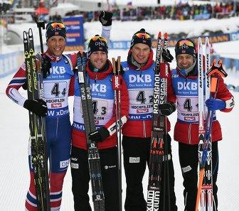 Биатлонисты сборной Норвегии Ларс Хельге Биркеланд, Эрленн Бьонтегор, Хенрик Л'Абее-Лунд и Уле-Эйнар Бьорндален (слева направо)