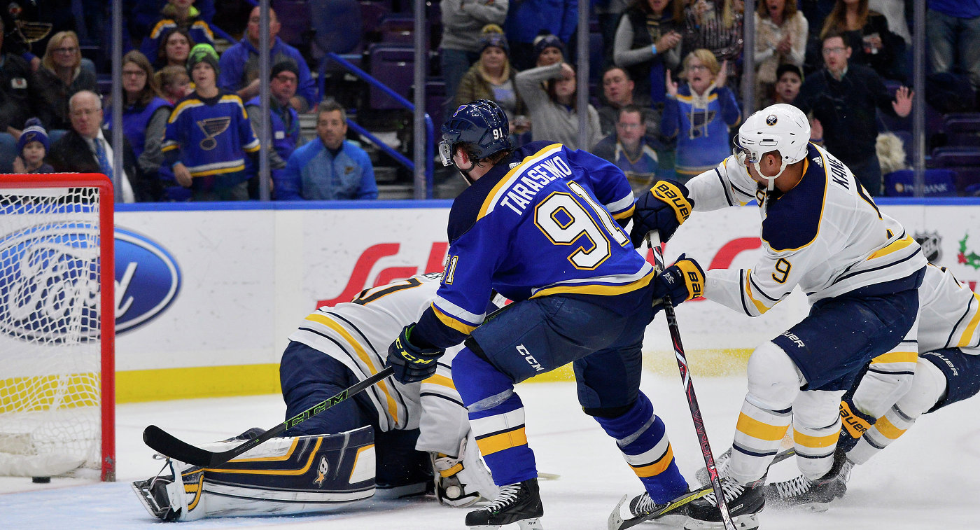 НХЛ: Тарасенко приносит Сент-Луису победу, Торонто обыгрывает Эдмонтон