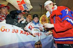 Нападающий молодежной сборной России по хоккею Антон Бурдасов (2011 год)