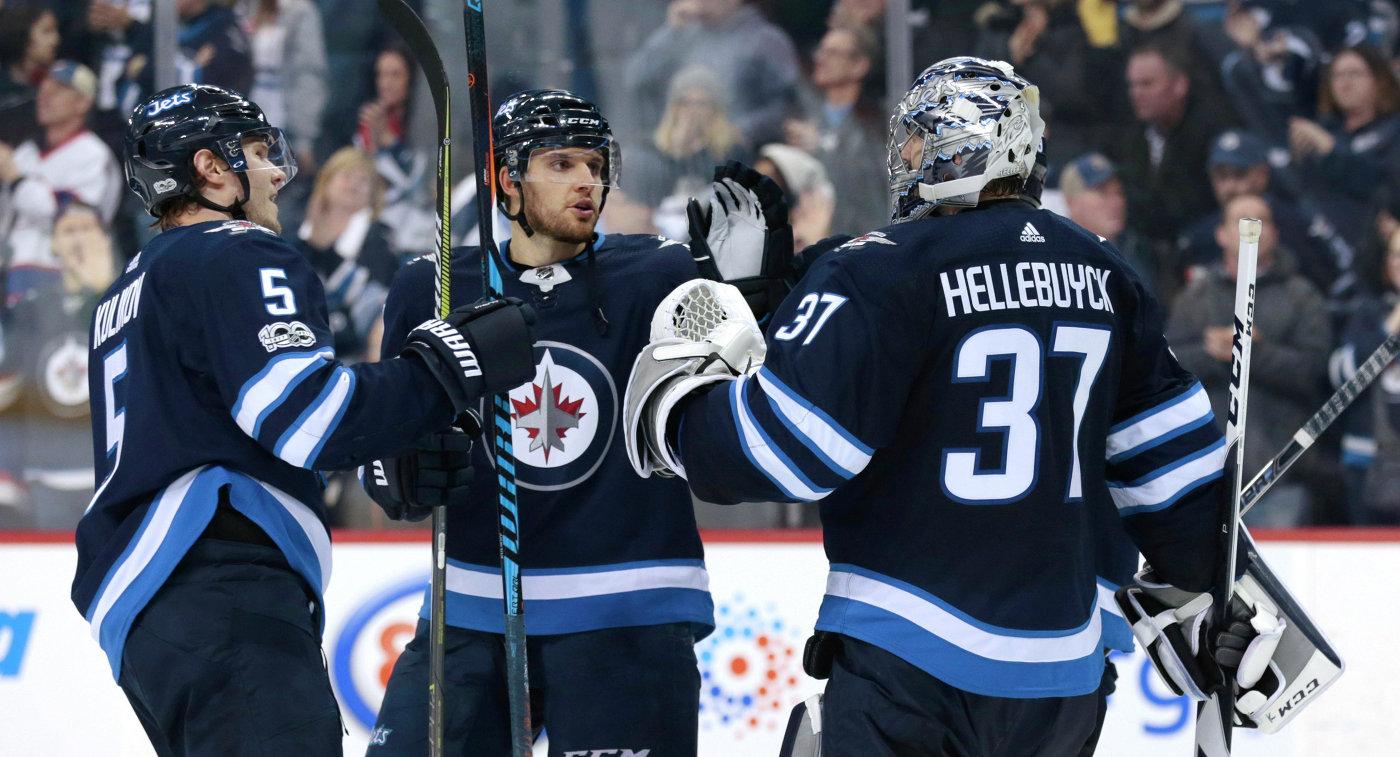 «Виннипег» победил «Ванкувер» вматче НХЛ, Куликов забросил вторую шайбу всезоне