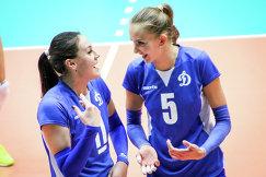 Волейболистка Татьяна Щукина (справа)