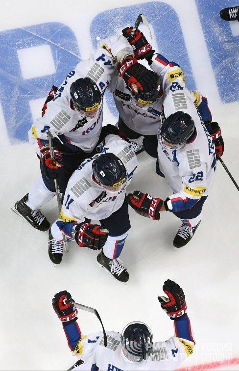 Хоккеисты сборной Южной Кореи