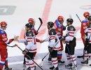 Хоккеисты сборной России и сборной Канады
