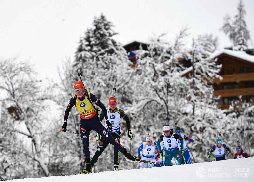 Анастасия Кузьмина, Дениз Херрман, Кайса Мякяряйнен и Жюстин Бреза (слева направо)
