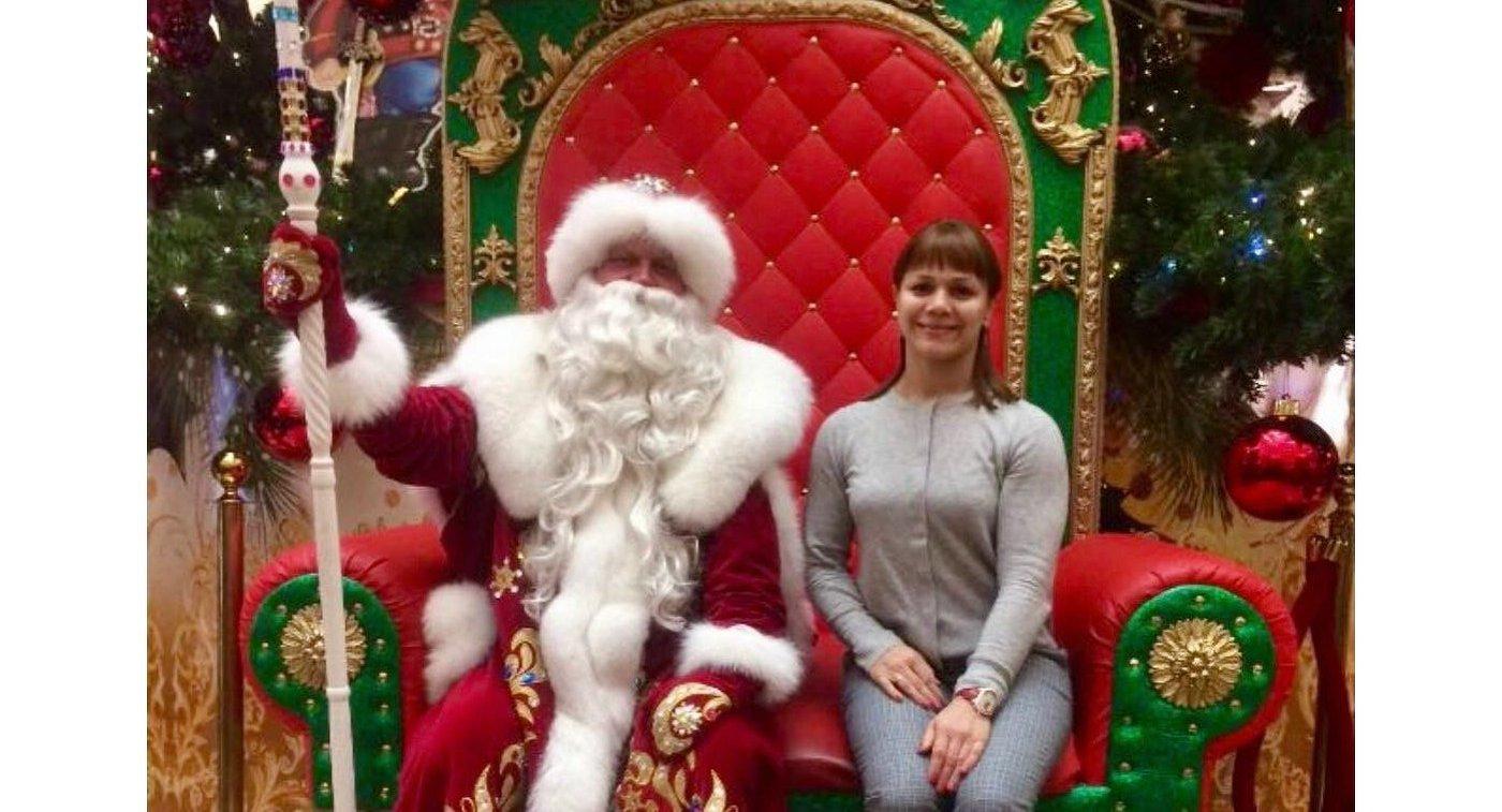 Наталья Гольц с Дедом Морозом