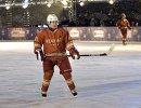 Президент РФ Владимир Путин во время матча Ночной хоккейной лиги на Красной площади