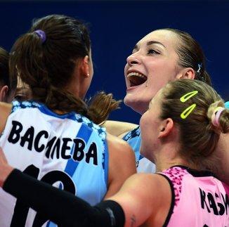 Игроки Динамо-Казань радуются набранному очку