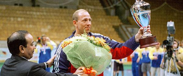 Капитан сборной команды России по гандболу Андрей Лавров