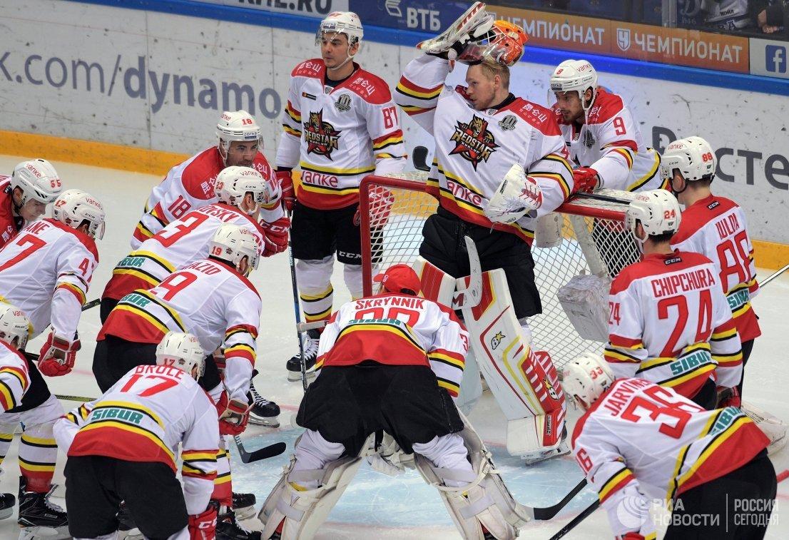Хоккеисты Куньлуня
