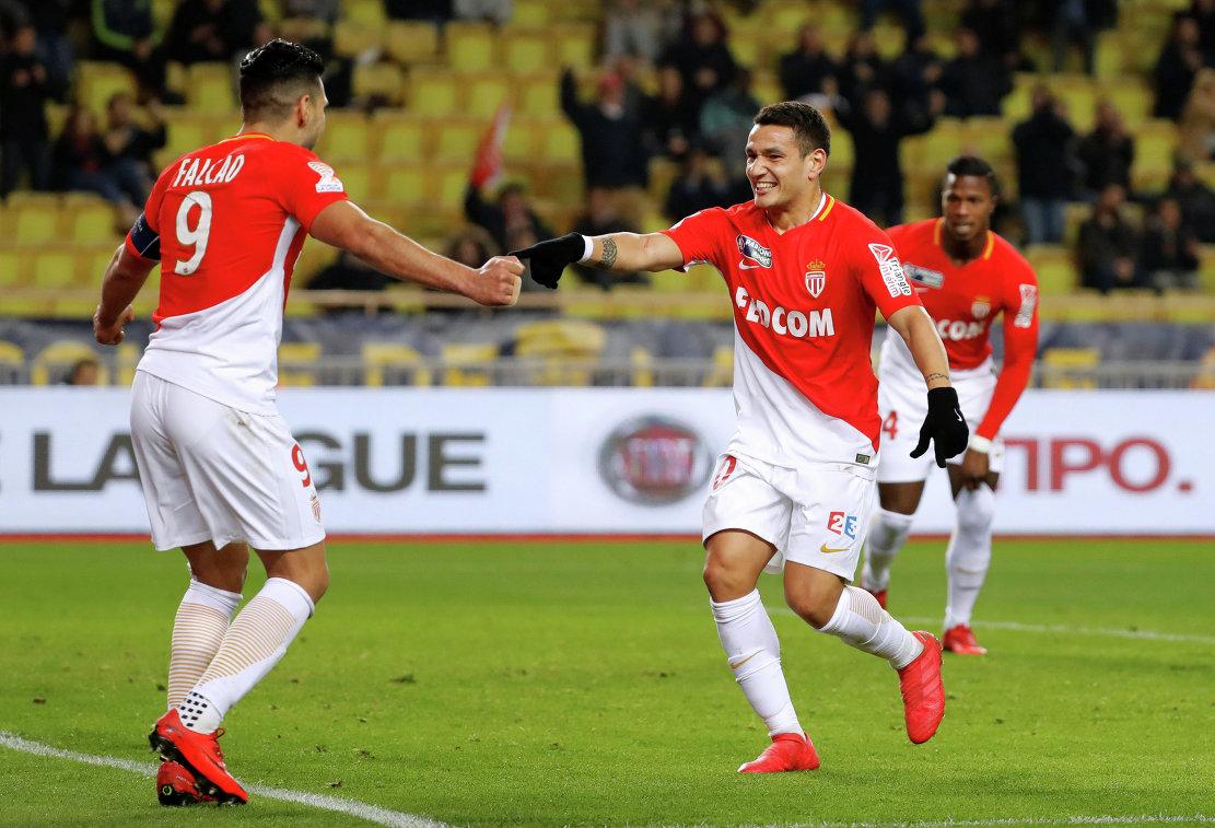Футбольная лига Франции разрешила четвертую замену в овертайме в некоторых матчах
