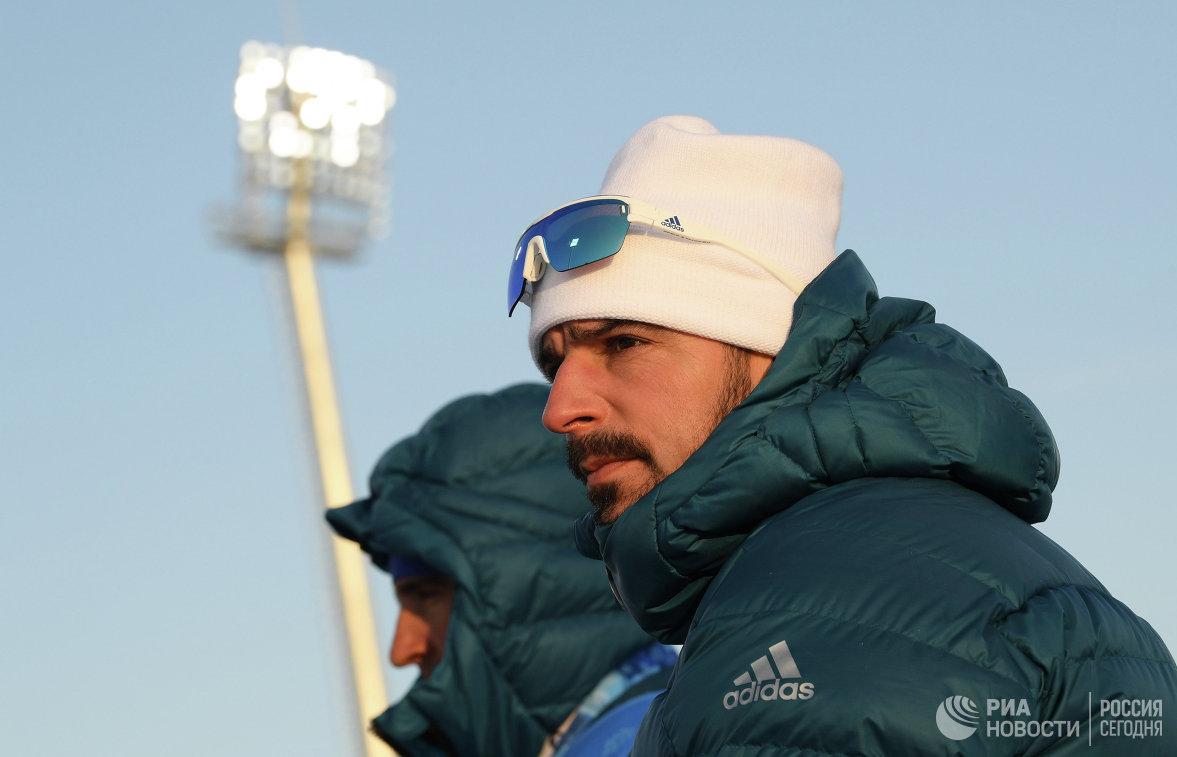 Сборная Казахстана побиатлону последней финишировала всмешанной эстафете