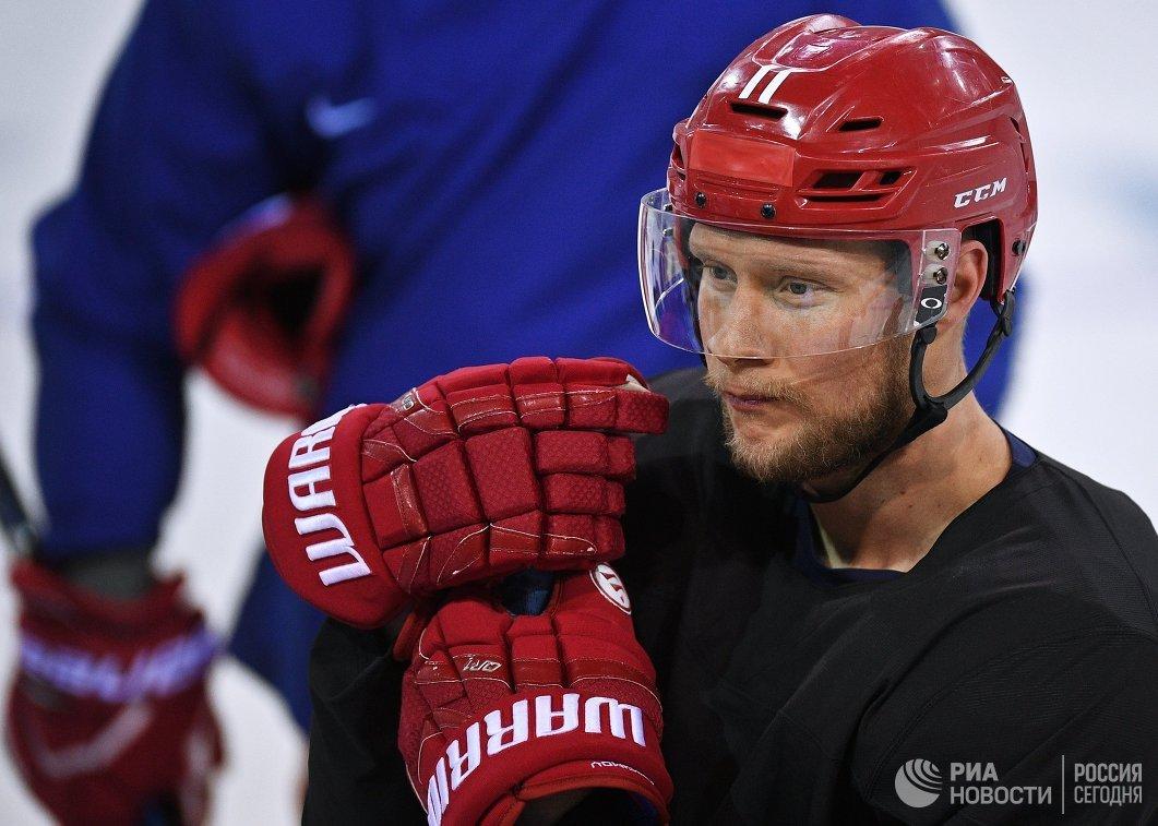 Российский хоккеист Сергей Андронов