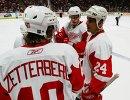 2006 год. Хоккеисты Детройта Крис Челиос, Павел Дацюк и Хенрик Зеттерберг (справа налево)
