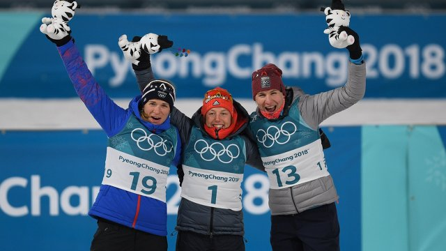 Анаис Бескон, Лаура Дальмайер, Анастасия Кузьмина (слева направо)