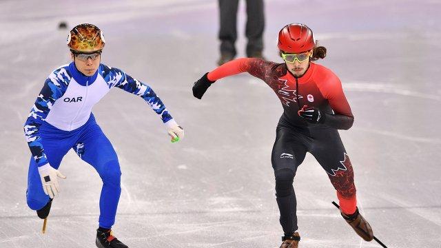 Семен Елистратов (слева)