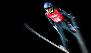 Российский летающий лыжник Денис Корнилов