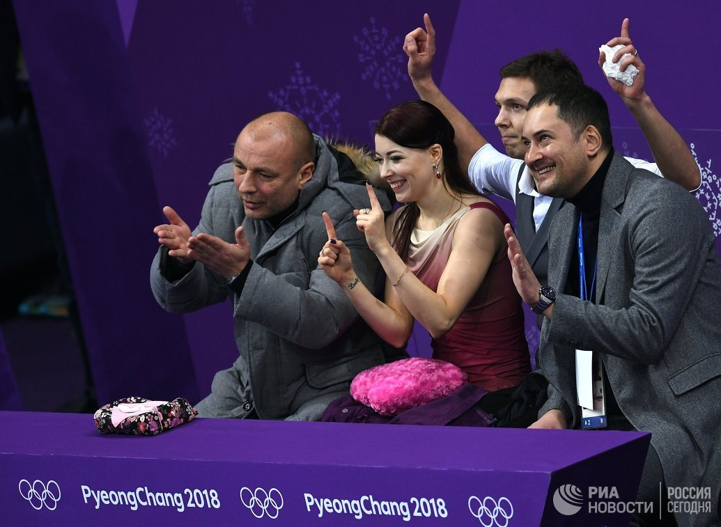 Александр Жулин, Екатерина Боброва и Дмитрий Соловьев (слева направо)